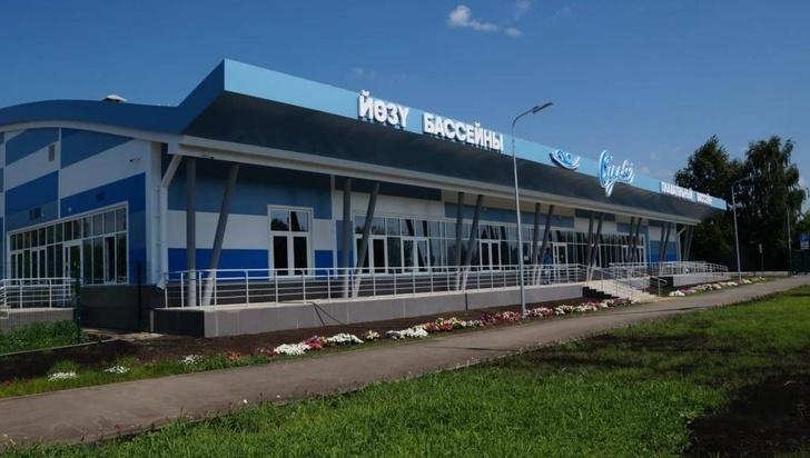 В Татарстане одновременно открыли семь новых бассейнов