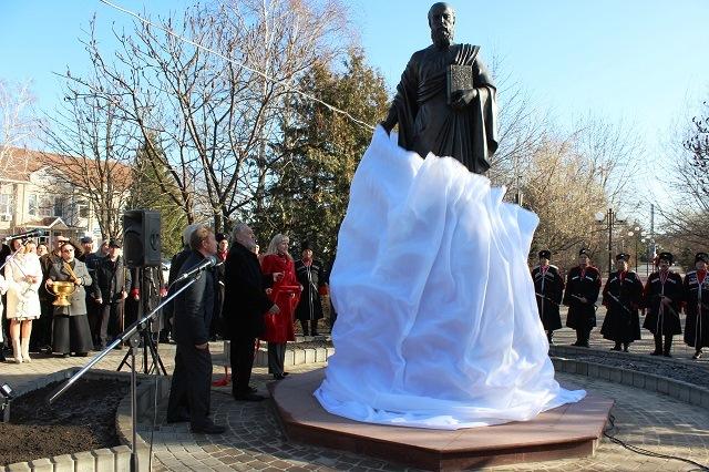 Фото hram-viselki.cerkov.ru