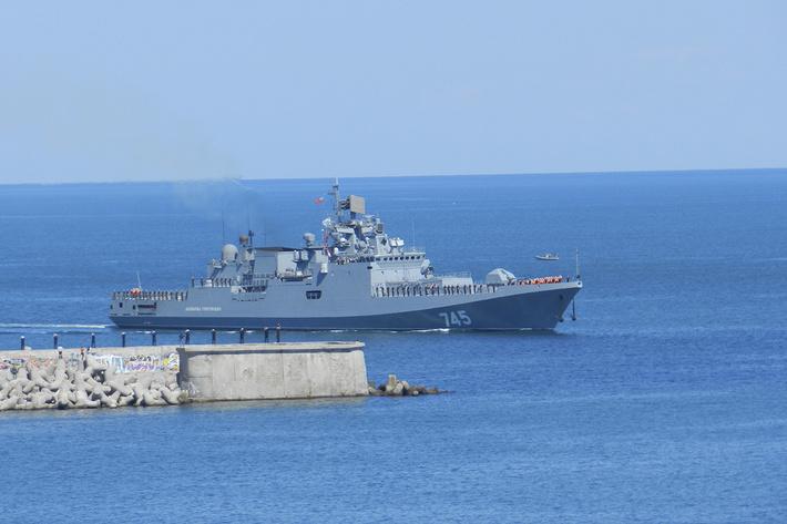 Project 11356: Admiral Grigorovich - Page 14 ATc3LmZhc3RwaWMucnUvYmlnLzIwMTYvMDYwOS9mOS82ZGE4YmM5ZjliYTNjMTc4ZDI2YjY4M2FjNjdlZWRmOS5qcGc=