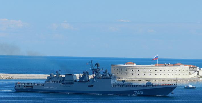 Project 11356: Admiral Grigorovich - Page 14 ATc5LmZhc3RwaWMucnUvYmlnLzIwMTYvMDYwOS85My9lZTc0MWVhNWE2ZTE2MWZhMGI0ZDAzY2U0OWNiZTA5My5qcGc=