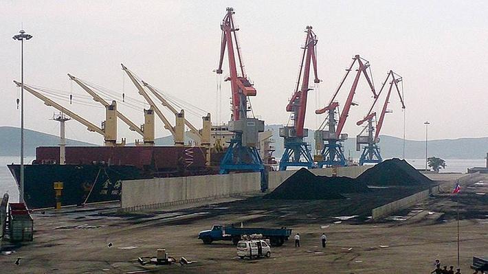 «РасонКонТранс» планирует подписать контракты на поставку через северокорейский порт Раджин 4 млн тонн груза в год