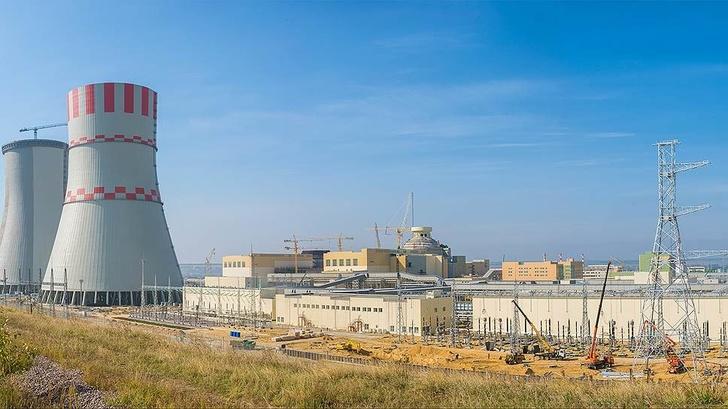 Промплощадка Ку АЭС-2, рассчитанная на четыре энергоблока, по своим масштабам должна превзойти даже строительство Нововоронежской АЭС-2 (нафото) под два блока