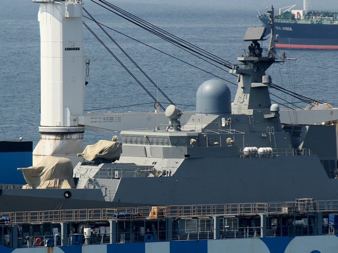Cận cảnh chiến hạm Gepard Việt Nam trên đường về nước - ảnh 3