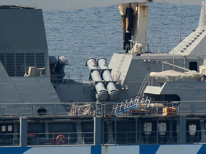 Cận cảnh chiến hạm Gepard Việt Nam trên đường về nước - ảnh 4