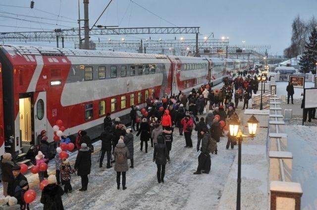 Двухэтажные поезда начали курсировать из Ижевска в Москву