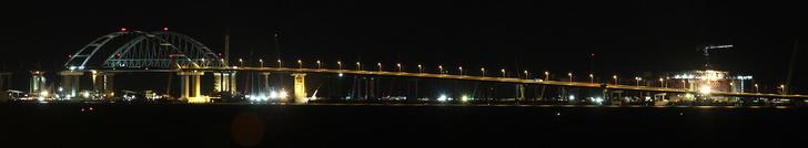 Тестирование освещения Крымского моста и подходов