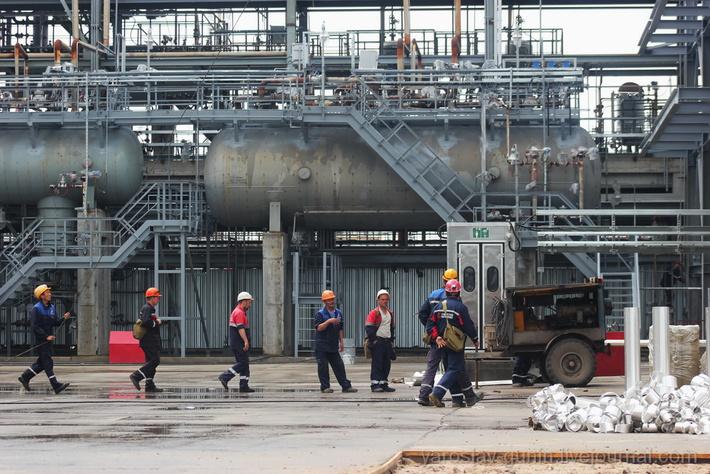 спб вакансия нефтеперерабатывающий завод компрессор для