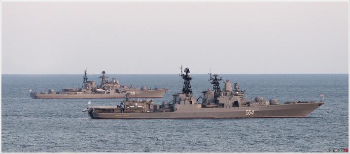 Картинки по запросу адмирал трибуц и быстрый