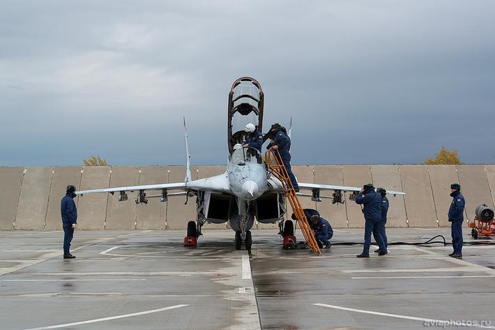 Микоян-Гуревич МиГ-29УБ (RF-92231 / 39 красный) ВКС России 0023_D805757