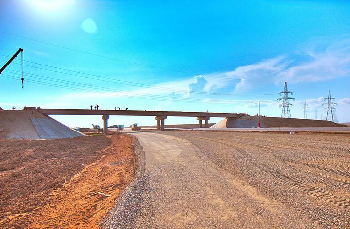 Строящаяся развязка на пересечении трассы А-290 и трассы к Крымскому мосту.