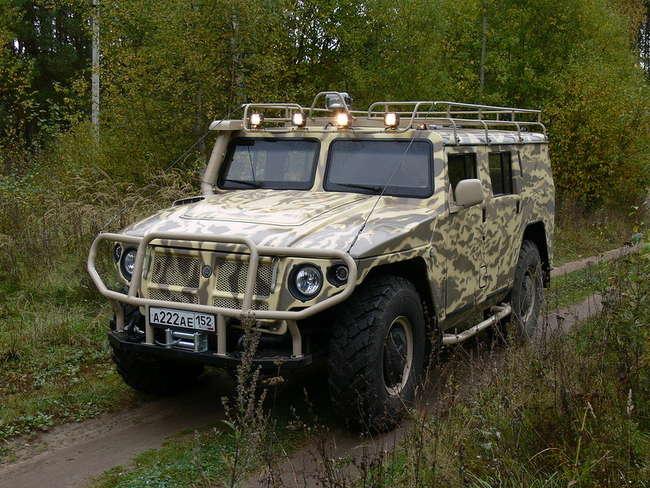 ГАЗ-233001 - гражданская пятидверная небронированная версия