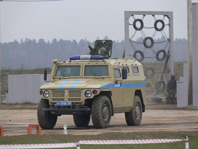 ГАЗ-233034 СПМ-1 - специальная полицейская машина с 3-м классом бронирования
