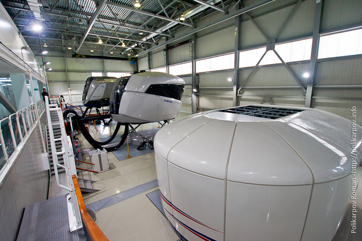 ДПАП Аэрофлота 2014 год 2ый зал - А320, SSJ-100, ПТ МС-21, А320