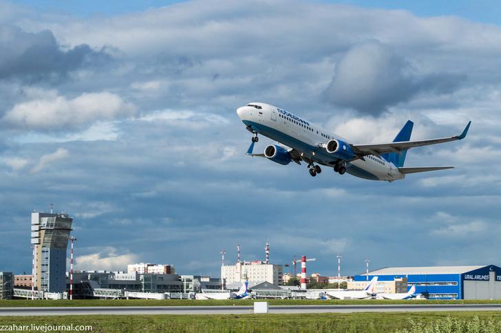 Кольцово начал эксплуатацию второй взлетно-посадочной полосы после реконструкции