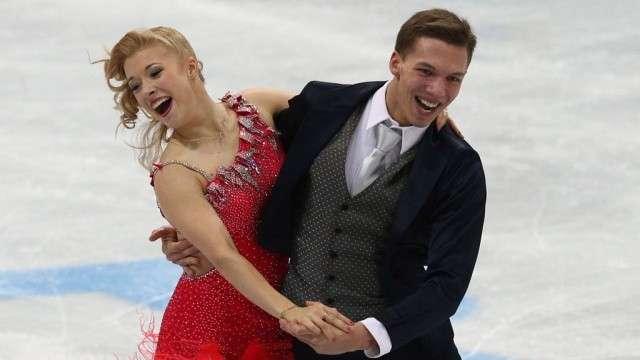Фигуристы Боброва и Соловьёв стали лучшими среди танцевальных пар в Москве. Москва, спорт, фигурное катание. НТВ.Ru: новости, видео, программы телеканала НТВ