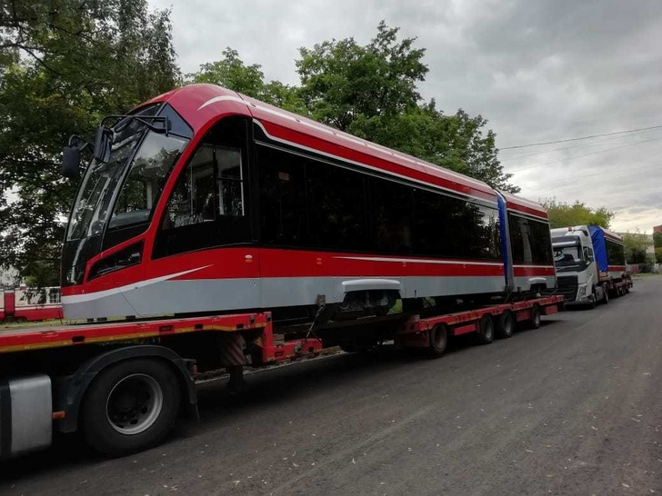 В Санкт-Петербург началась поставка трамваев «Витязь-М» по контракту 2019 года
