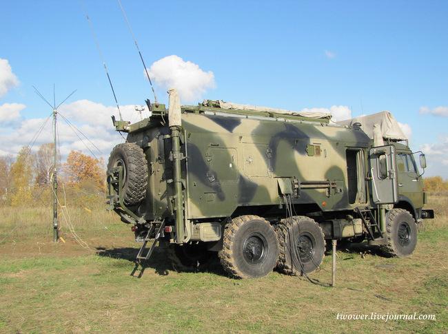 Новейшие радиостанции Р-166 впервые задействовали на учениях в ЦВО ...