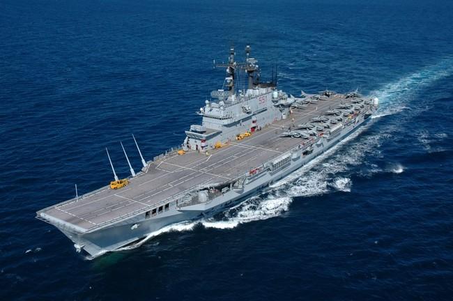 Италия-крейсер-Giuseppe Garibaldi C-551