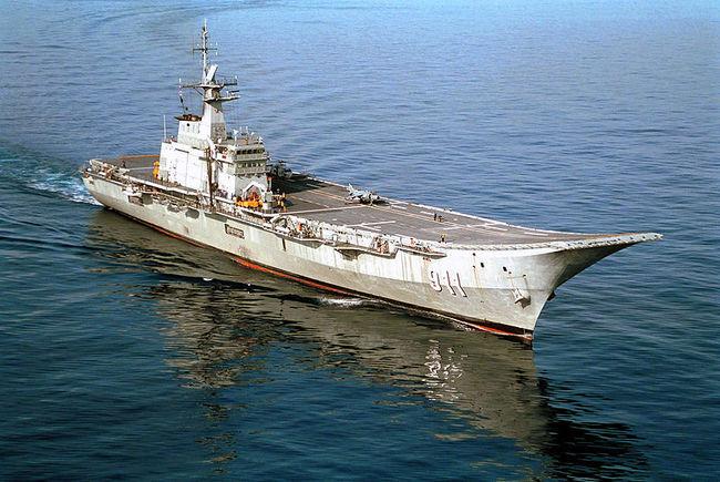 Тайланд-авианосец-Chakri Naruebet
