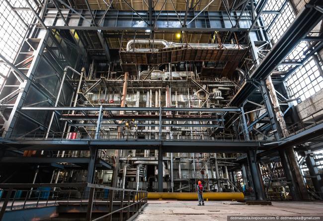 Сургутская ГРЭС-2 - самая мощная тепловая электростанция в России.  Энергетика.