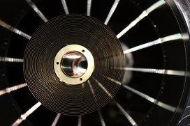 Одно из зеркал рентгеновского телескопа eROSITA