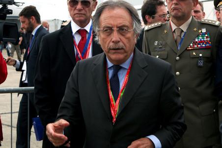 президент SuperJet International Кармело Козентино