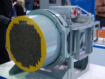 """Радар с активной фазированной решеткой """"Жук-АЭ"""""""