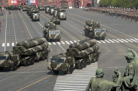 Зенитно-ракетный полк ЮВО ВВС России получил на вооружение ...