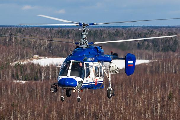 Также впервые в рамках показа был продемонстрирован полицейский вариант вертолета Ка-226, оснащенный громкоговорящим устройством и поисковым прожектором