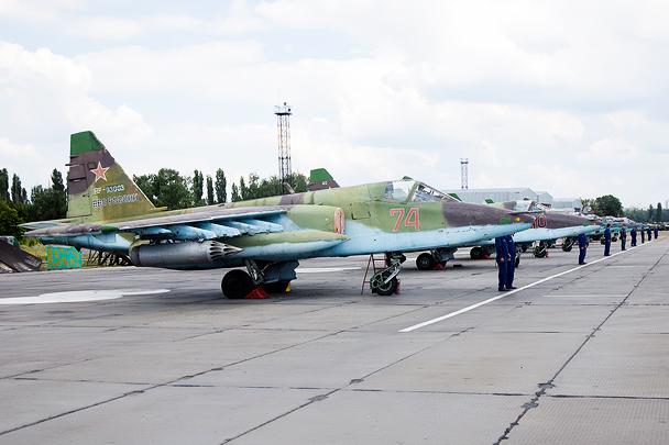 Су-25 готовы к соревнованиям