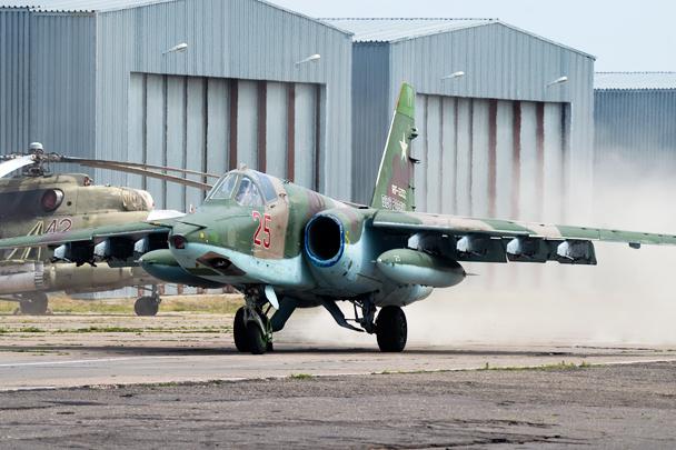Руление Су-25СМ