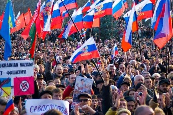 Митинг в севастополе собрал более 25 000 человек.