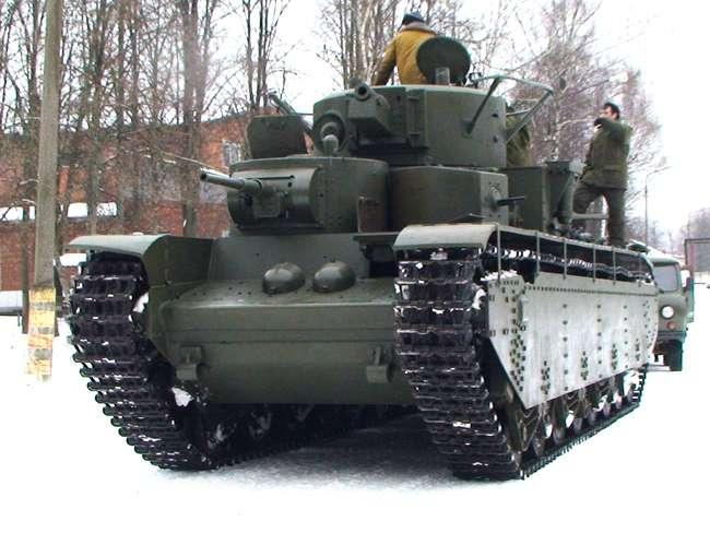 Танк Т-35А (заводской номер 0197-7) на ходу в Кубинке. 12.02.2014 (с) mbtvt.ru