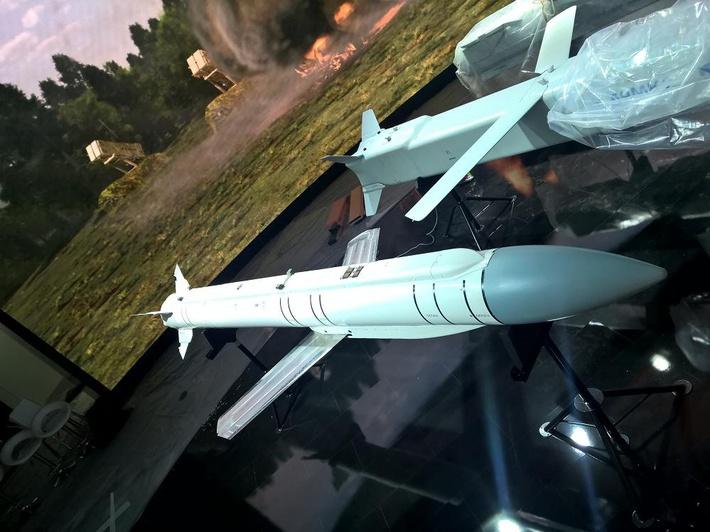 Оперативно-тактическая авиационная крылатая ракета Х-59МК2. 23.08.2015 (с) Михаил Жердев