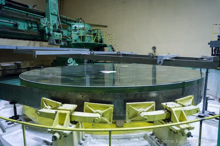 lytkarino-optics-factory-48