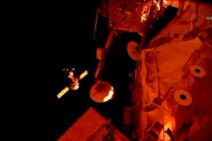 «Союз ТМА-12М» перед стыковкой с МКС