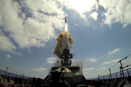 Пуск крылатых ракет «Калибр»
