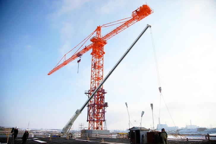 На стройплощадке Курской АЭС-2 завершился монтаж не имеющего аналогов в России башенного крана
