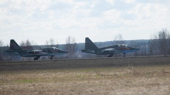 Военные самолеты смогут сажать на автострады