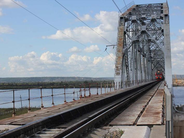 Железнодорожный мост через Зею