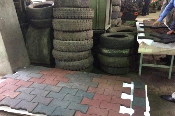 В Липецке запустили производство резиновых плит для спортивных и детских площадок