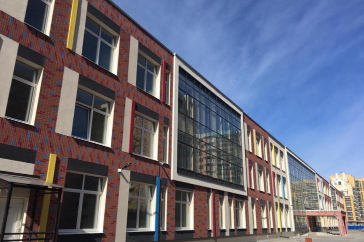 НАЦПРОЕКТЫ: новая школа для юных жителей Бугров