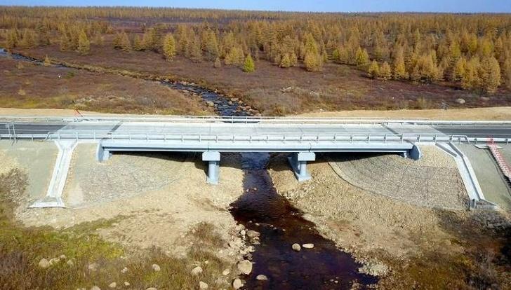На трассе «Лена» отремонтировали мост через ручей Каменка