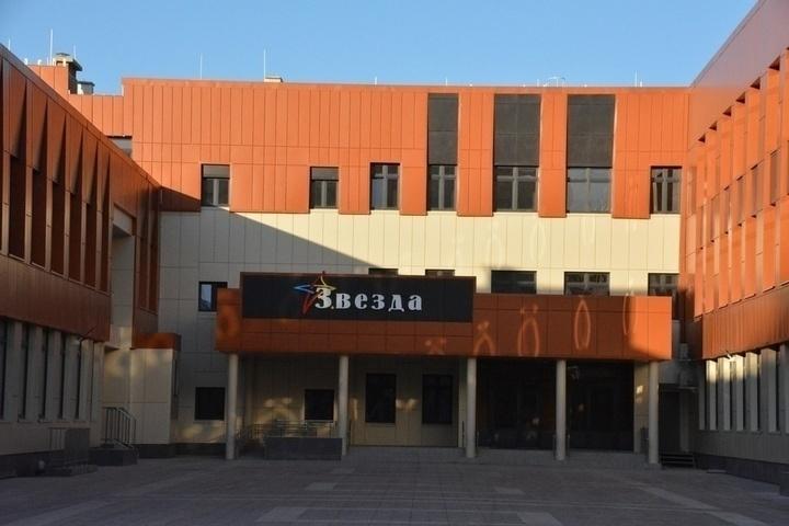 Новая школа «Звезда» оказалась лицеем. Спикер Госдумы отругал городских чиновников, что они принимают решения без обсуждения с жителями — ИА «Версия-Саратов»
