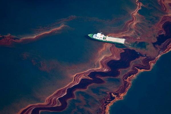 «СКАНЭКС» запустил сервис расчета траектории движения нефтеразливов