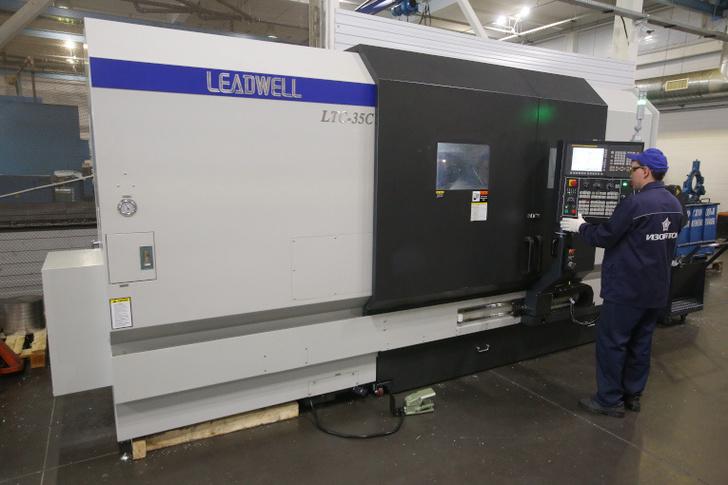токарный обрабатывающий центр LTC-35C