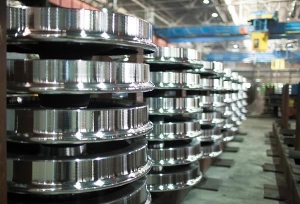Выксунский металлургический завод поставил в Эстонию уникальные скоростные колеса
