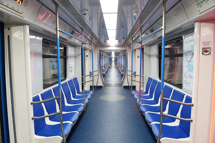 Метровагонмаш отправил вагоны 4 новых поездов метро в Бакинский метрополитен