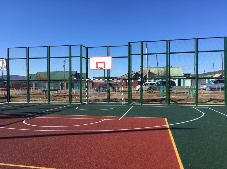 Новую спортивную площадку открыли в поселке Маккавеево Забайкалья