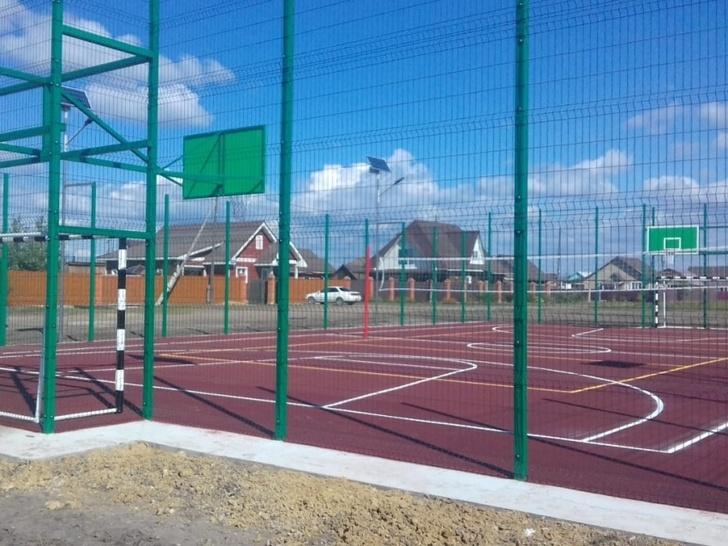 В поселке Ундино-Поселье появилась новая спортивная площадка